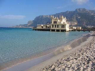 FEFY Villa on the beach - Unit 3