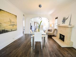 Remodeled Eclectic Historic Villa 4bd/2ba, Coral Gables