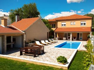 Private holliday home Villa VRNAUTIC-A1