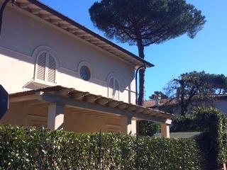 Villa Elena, Forte Dei Marmi