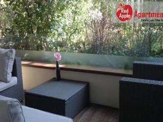 Lux Studio Garden And Swimming Pool - 7396, Cannes
