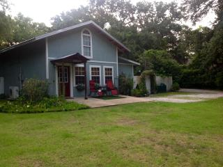 Camellia Cottage, Ocean Springs