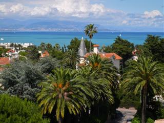 CAP D'ANTIBES Beautiful nest with sea view !, Juan-les-Pins