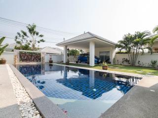 Spacious Pool villa in Hua Hin