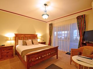 Inn the Tuarts Wonnerup Superior Queen Room 5, Busselton