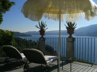 Villa L'Antica Colonia on Lake Orta: suite with terrace for 2 people, Pettenasco