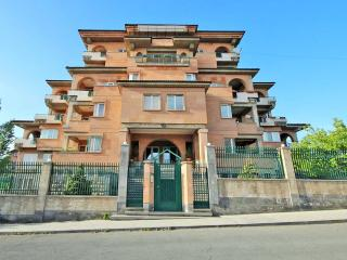Exclusively nice & lovely apartment in Yerevan