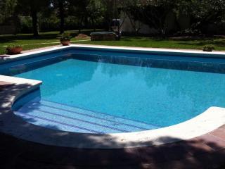 GRAN VILLA con piscina a 800 metros del mar