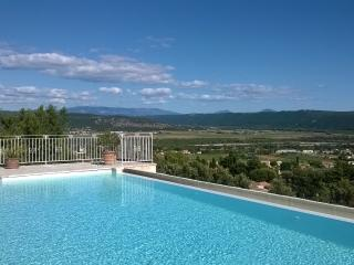 Villa standing en Provence, Villeneuve