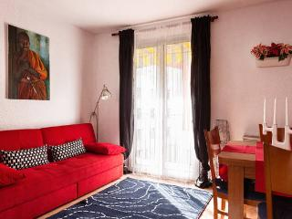 Lovely flat next to Montjuic!