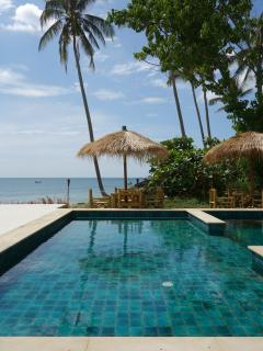 Coconut Bay luxury 2 bed; Exclusive area, pool & private beach