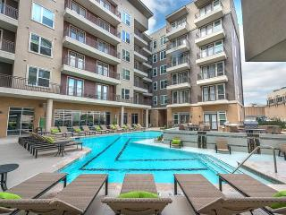Modera Flats Apartments - Houston, TX | Hostingzak