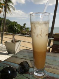 Enjoy iced drinks, cocktails & a great menu at Coconut Grove restaurant...