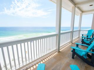 Luxury Beach House with private beach, Sleeps 24!, Miramar Beach
