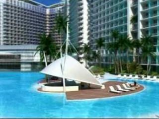 Paris Hilton Beach Club, Paranaque