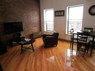 Furnished 2-Bedroom Apartment at Bedford Ave & Lexington Ave Brooklyn, Nueva York