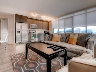 LUXURIOUS AND BEAUTIFULLY FURNISHED 2 BEDROOM, 2 BATHROOM APARTMENTS, McLean