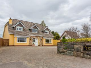 Acorn Villa, Killarney  luxury 5 bed holiday home
