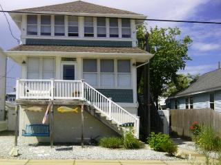 Charming 1st Floor of Duplex, Wildwood