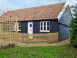 Secluded, Ground Floor, Pet Friendly Cottage, Sudbury