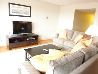 Furnished 2-Bedroom Apartment at Tremont St & St Alphonsus St Boston, Brookline