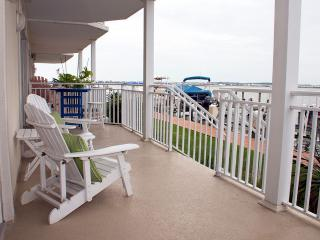Bahia Vista I 103 - Luxury Bayfront Near Boardwalk, Ocean City