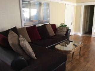 Walking Distance to Convention Center, Beach, Down Town, Long Beach