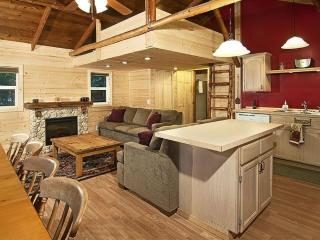River & Mountain Views at This Pet Friendly Cottage W Hot Tub!, Index