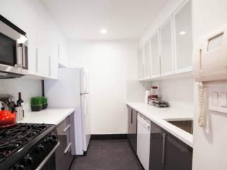 Lovely 2 Bedroom, 1 Bathroom Soho Apartment - Nice Hardwood Floors, New York