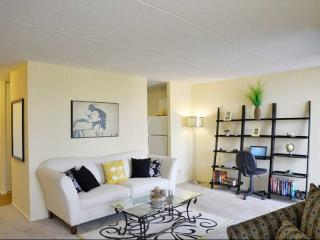 Furnished 2-Bedroom Apartment at N East River Rd & W Catalpa Ave Chicago, Park Ridge