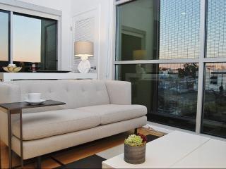 Clean and Bright 1 Bedroom Apartment in Santa Monica, Santa Mónica