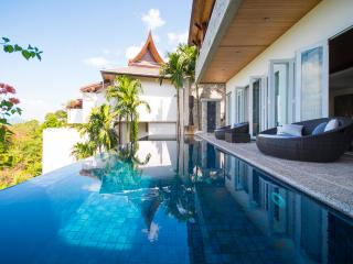 Splendid 4-Bedroom Villa at Surin Beach