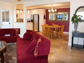 Furnished 3-Bedroom Condo at Selva Rd & Oceanfront Ln Dana Point