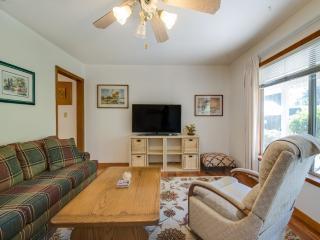 Furnished 2-Bedroom Home at Roosevelt Ave & Johnson St Redwood City