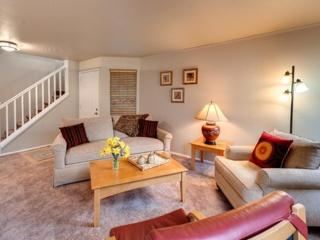 Furnished 3-Bedroom Apartment at NE 35th Pl & 108th Pl NE Bellevue, Yarrow Point