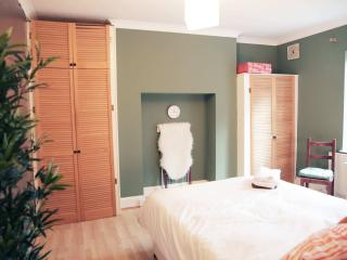 Double Bed & Lovely Balcony, Londres