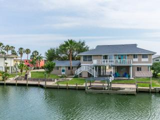 Marlin by the Sea - Canal Front 4/bed, 4/bath Home, Aransas Pass