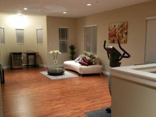 Anaheim Furnished Corporate Rental / Brand New Luxury Home (Anaheim), Garden Grove
