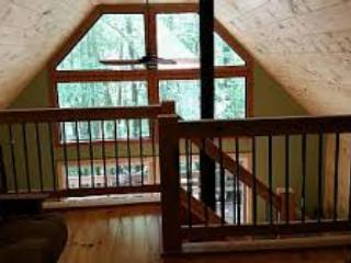 Quiet Cabin, Carter's Lake, Hot Tub, Dogs Welcome!