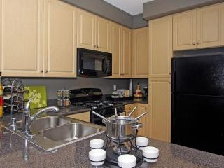 Furnished 1-Bedroom Apartment at Vanowen St & Variel Ave Los Angeles, Bell Canyon
