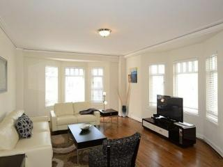 MAGNIFICENT 1 BEDROOM RUSSIAN HILL APARTMENT, San Francisco