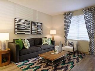 Modern and Spacious 3 Bedroom Apartment, Glendora