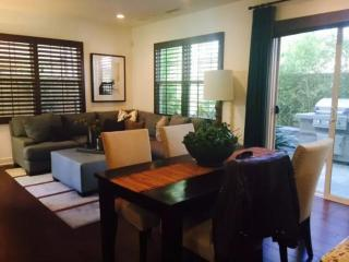 Resort Style 3 Bedroom Apartment, Irvine