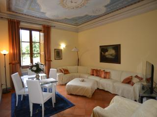 Luxury apartment in five-star,with every comfort in the center of Florence
