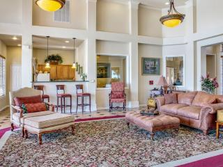 Furnished 3-Bedroom Apartment at Lake Side Dr & Rvg Blvd Waxahachie