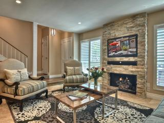 Furnished 3-Bedroom Townhouse at W Chapman Ave & S Willowbrook Ln Garden Grove, Orange
