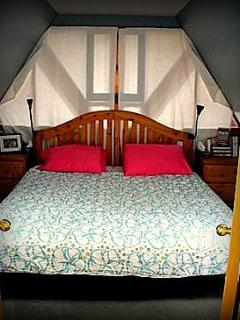 Upstairs Bedroom with King size bed