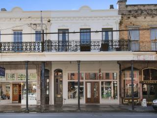 Luxury Flat in the Heart of the Garden District, Nueva Orleans
