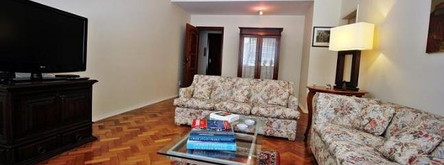 Vacation apartment in Rio in Leblon Large and beautiful apartment with 3 bedrooms T005, Rio de Janeiro