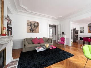 onefinestay - Rue de Passy apartment, París